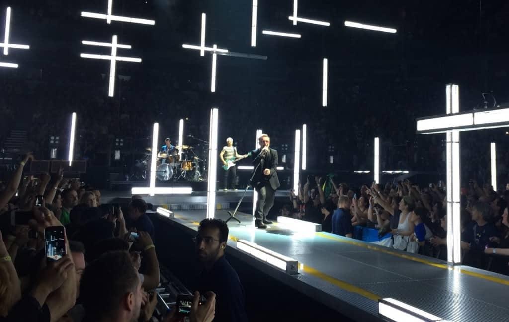 U2 Bono Vancouver 2015