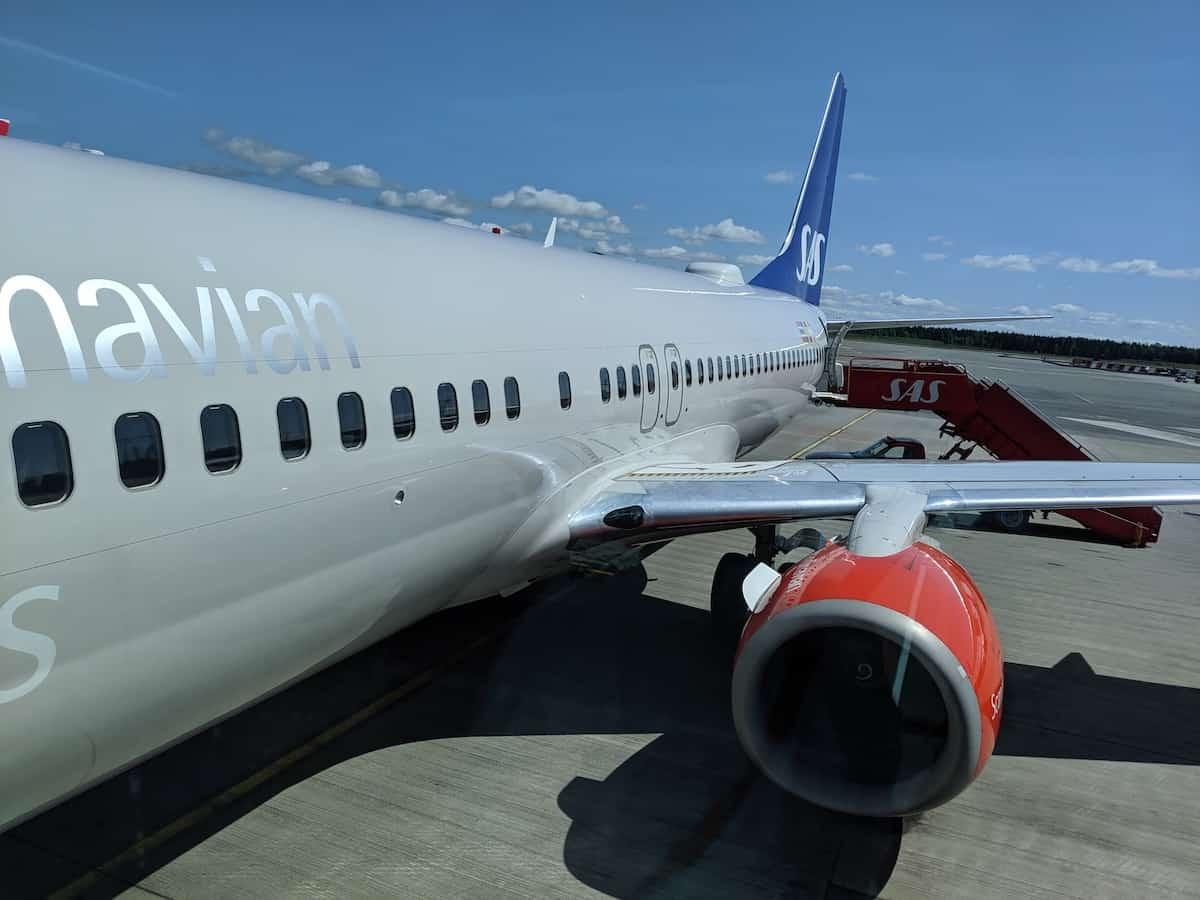 Sas 737 800 Plus Class Osl Arn Singleflyer